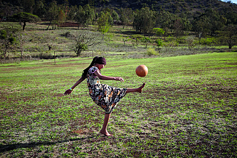 woman-soccer
