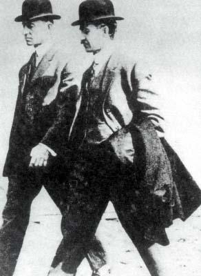 สองพี่น้องตระกูลไรต์ ผู้ติดปีกให้มนุษยชาติ