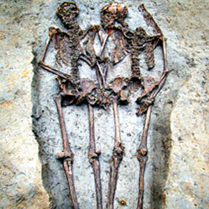 lovers skeletons