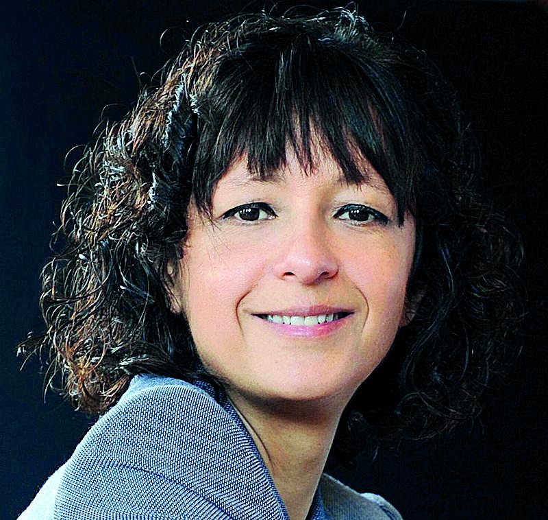 ศ. ดร. เอมมานูเอล ชาร์เพนเทียร์ (Emmanuelle Charpentier) จากมหาวิทยาลัยอูเมีย ประเทศสวีเดน หนึ่งในผู้ค้นพบ CRISPR/Cas9