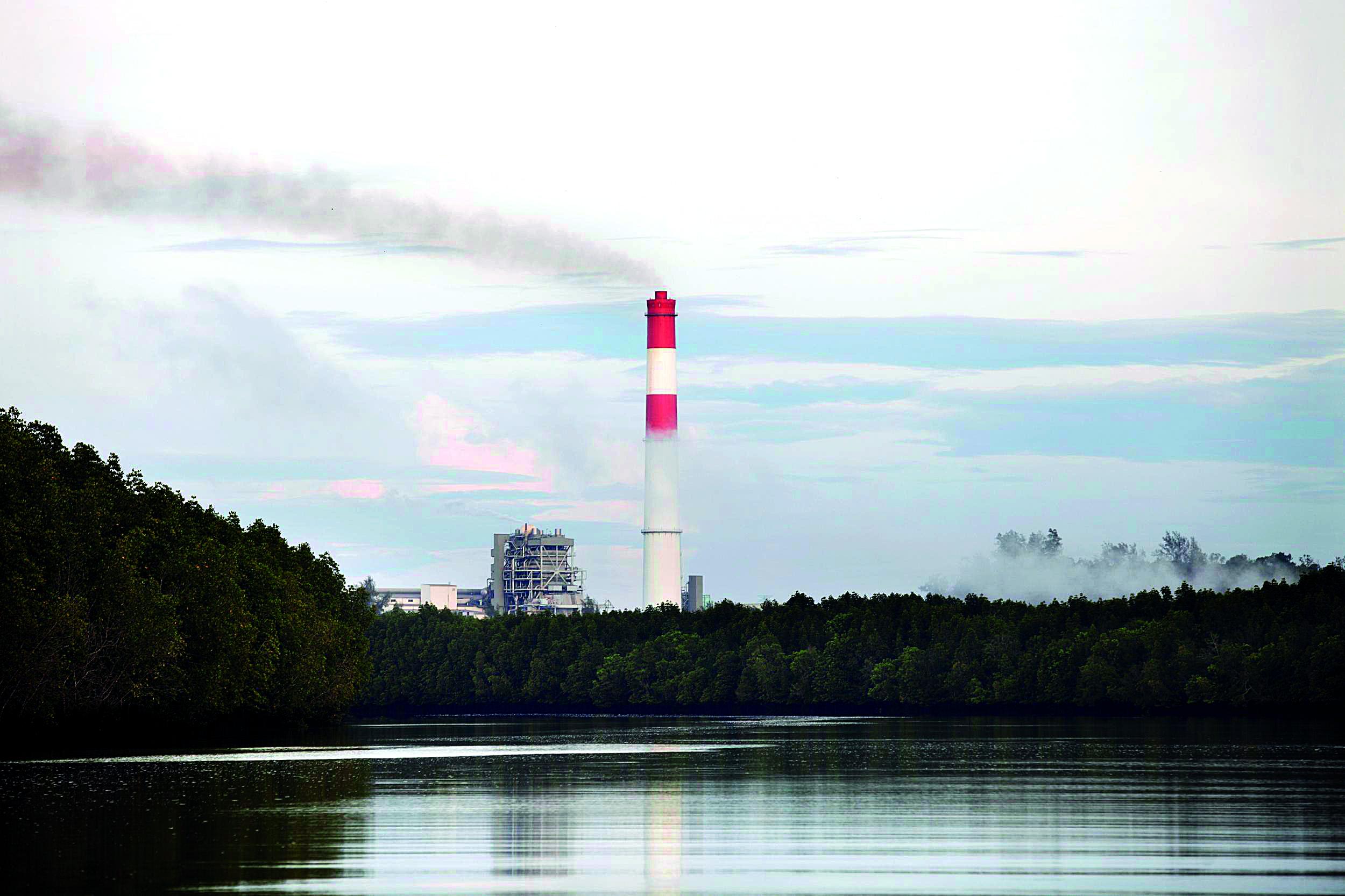 โรงไฟฟ้ากระบี่ติดคลองปกาสัย อาจเป็นที่ตั้งของโรงไฟฟ้าใหม่ที่ใช้เชื้อเพลิงถ่านหิน