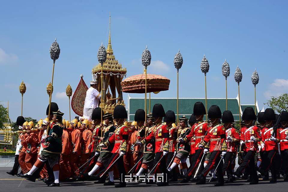 procession07